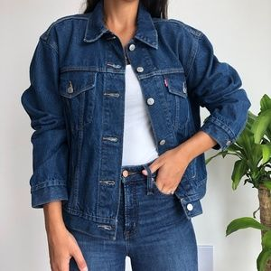 NWT Levi's oversized denim jean trucker jacket XL